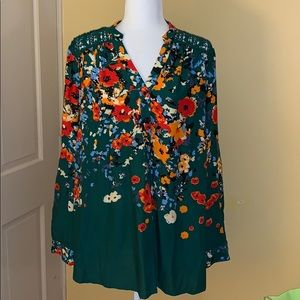 EUC Market and Spruce Green Crochet Back Blouse